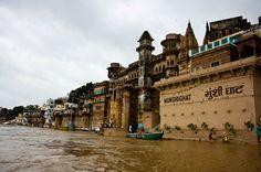 Banaras....Bold and Beautiful #Clothes #tripoto #travel #City #Sprüche #travels