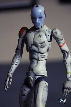 *Review* 1000Toy's SDCC Exclusive Synthetic Human Test Body |