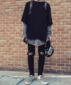 47 Ideas How To Wear Vans Sneakers Street Styles streetwear supreme hypebeast mens fashion fashion sneakers off whit Neue Outfits, Edgy Outfits, Urban Outfits, Grunge Outfits, Fashion Outfits, Hipster Outfits Men, Fashion Boots, Urban Dresses, Hipster Fashion Guys