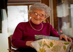 http://www.dontcallmegrandma.com/2015/11/07/best-christmas-gifts-for-grandma/ #BestGrandma #DontCallMeGrandma #GreatGrandma #FunnyGrandma