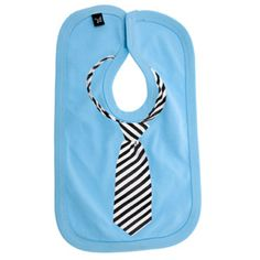 Fun Inexpensive Christmas Gifts for Your Boyfriend. a bib showing a tie. It's great for the man in your life who has been a bit of a baby lately. Christmas Gift For Your Boyfriend, Gifts For Your Boyfriend, Cadeau Design, Baby Aspen, Inexpensive Christmas Gifts, Photo Print, Diy Bebe, Diy Baby Gifts, Kids Gifts