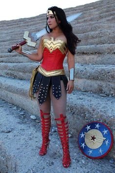 Wonder Woman Warrior Skirt By Vivawonderwoman On Etsy. Woman Skirts wonder woman in a skirt Super Hero Costumes, Adult Costumes, Costumes For Women, Cosplay Costumes, Cosplay Diy, Female Halloween Costumes, Superhero Costumes Female, Woman Costumes, Pirate Costumes