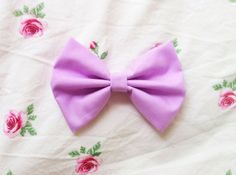 Lavender Bow Available in Medium ($5) and Large ($7)