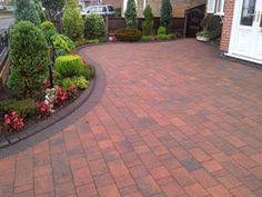 Tarmac surfacing is an intensive and exacting industry, requiring experience and professionalism. Our team of skilled professionals are able to provide an expert Tarmac surfacing service, completed to the highest of standards. See below some examples of the highly accredited work that we at Hornsby have completed. Visit us at http://www.hornsbytarmacanddrainage.co.uk/Tarmac_Surfacing.html to see our Tarmac Driveways