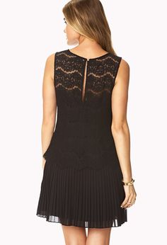 Floral Lace Pleated Dress | FOREVER21 - 2027704312