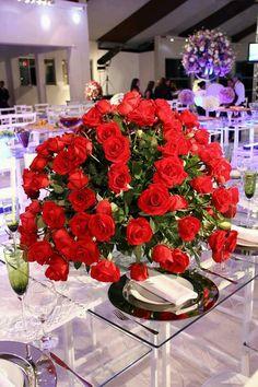 Rose Arrangements, Table Decorations, Flowers, Furniture, Home Decor, Flower Arrangements, Rose Flower Arrangements, Decoration Home, Home Furnishings