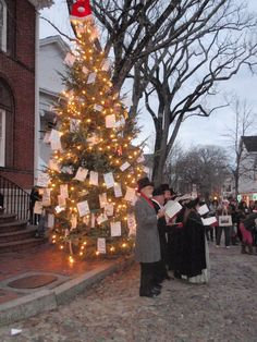 Nantucket+Christmas | Nantucket, Christmas Stroll.