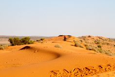 Riding the French Line in the Simpson Desert!