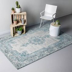 Vintage vloerkleed-Dreams Mint/Turquoise is een vloerkleed uit de Dreams collectie.De kleden zijn van 100%katoen en handgeweven.Hoge kwaliteit & snelle levering Home Carpet, Rugs On Carpet, Vintage Room, Mint, House Design, Colours, Flooring, Living Room, Interior Design