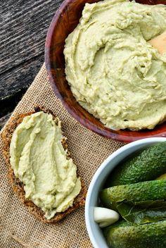 avocado hummus and wheat bran bread