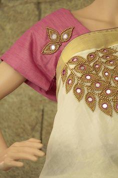 Kerala saree Set Saree, Saree Dress, Blouse Neck Designs, Blouse Patterns, Aari Embroidery, Embroidery Patterns, Saree Painting, Mirror Work Blouse, Kerala Saree