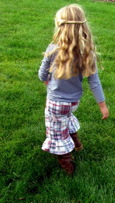 The Life of a Cheap Chickadee: Ruffle Pants Tutorial...... (finally)