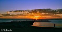 Amanecer en Fuengirola, Málaga por J.R.Zacha Celestial, Sunset, Beach, Outdoor, Dawn, Outdoors, The Beach, Beaches, Sunsets