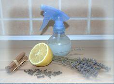 Minden lakásnak van egy jellegzetes illata, valakinél az öblítő, másoknál a… Natural Living, Spray Bottle, Potpourri, Home Remedies, Cleaning Supplies, Life Hacks, Diy Crafts, Homemade, Home Decor