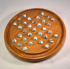 jeu solitaire anglais, plateau bois en chêne, billes collector en verre, Jeu de réflexion, cadeau pour enfant, décoration de maison.
