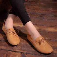 37.35$  Watch here - http://ditfn.justgood.pw/ali/go.php?t=32786655780 - OhAnna Shoes Women Flats Black/Brown Leather Ballet Flats Round toe Lace up Women Flat Shoes Spring/Autumn Footwear (703-6)