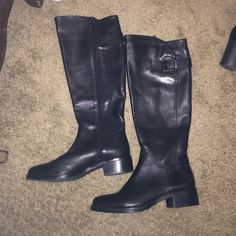 New black Arturo Chiang riding boots Don't think they've ever been worn they still have the stickers on the bottom in perfect condition Arturo Chiang Shoes