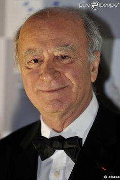 Georges Wolinski fringant. Dessinateur satirique assassiné dans les locaux de son journal Charlie Hebdo le 07 janvier 2015.