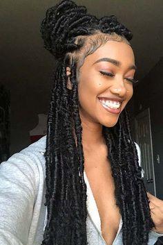 23 Crochet Faux Locs Styles to Get Your Next Look In .- 23 Häkeln Sie Faux Locs-Styles, um Ihren nächsten Look zu inspirieren – Frisuren Kurz 23 Crochet faux locs styles to inspire your next look - Faux Locs Hairstyles, African Hairstyles, Girl Hairstyles, Formal Hairstyles, Hairstyles 2018, Gorgeous Hairstyles, Braided Hairstyles For Black Hair, Locks Hairstyle, Crochet Weave Hairstyles