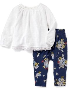 Shop Old Navy for cute outfits and clothing sets for your baby girl. Old Navy is your one-stop shop for stylish and comfortable baby clothes at affordable prices. Old Navy Toddler Girl, Toddler Girl Style, Toddler Girl Outfits, Toddler Fashion, Kids Outfits, Fashion Kids, Little Girl Outfits, Little Girl Fashion, Baby Girl Shoes