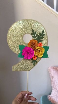 Number Floral Glitter Cake Topper 😍🌸 Hawaiian Party Decorations, Balloon Decorations, Birthday Party Decorations, Glitter Party Decorations, Diy Cake Topper, Birthday Cake Toppers, Number Cake Toppers, Cake Topper Tutorial, Spongebob Birthday Party