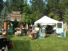 Pickin Daisies at Treasures on Foxwood.  Great show out in Newport, Wa. Second weekend in August each year! Great vendors and lots of good old junk!