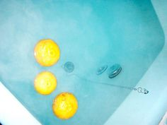 Yuzu in the bath. {What a good idea. Love the colours.}
