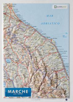 Serie:  Carte in rilievo formato A4 Scala:  1:850.000 Formato:  21 x 29,7 cm