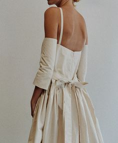 Fashion Details, Wedding Details, Backless, Profile, Inspire, Pretty, How To Wear, Inspiration, Accessories