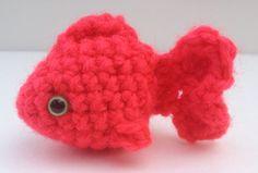 Free pattern to crochet cute little fish