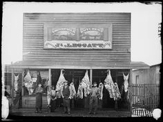 James Leggatt's butcher shop, Gulgong, NSW, -- Photo Credit: Beaufoy Merlin / Charles Bayliss Old Pictures, Old Photos, Great Depression Years, Whisky, Eureka Stockade, Butcher Shop, Model Train Layouts, Historical Images, Gold Rush