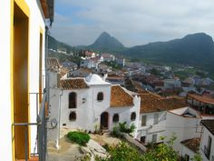 Village Paris Skyline, Spain, Mansions, House Styles, Travel, Home, Viajes, Traveling, Ad Home