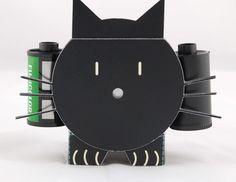 Uma cat-camera-4