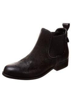 Chelsea Boot im angesagten Used-Look. Zign Stiefelette - black für 79,95 € (03.03.15) versandkostenfrei bei Zalando bestellen.