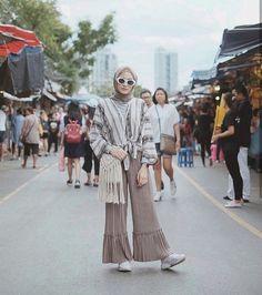 Best Indoor Garden Ideas for 2020 - Modern Hijab Fashion Summer, Muslim Fashion, Modest Fashion, Boho Fashion, Abaya Fashion, Modest Dresses, Modest Outfits, Boho Outfits, Fashion Outfits