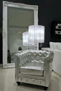 Wow!!  Awesome silver chair!!