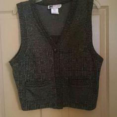 Victoria morgan Vest Tweed button front with pockets Victoria Morgan sport Jackets & Coats Vests