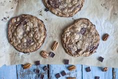 The ultimate oat and chocolate chip cookie. Bet you can eat just one! Yields 15 to 24 cookies.