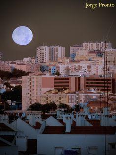 """Lua """"azul"""" agosto 2012  """"Blue"""" moon"""