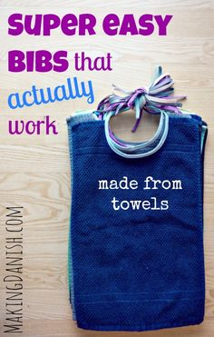 Super easy bibs that actually work (made from towels) Diy Baby Gifts, Baby Crafts, Easy Baby Gifts To Make, Baby Sewing Projects, Sewing For Kids, Sewing Crafts, Baby Bibs Patterns, Sewing Patterns, Apron Patterns