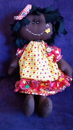 Maria Flor. Minha versão para a boneca da artesã Rafaela Bartolini (Maricotas de Pano).