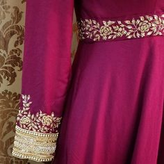 30 New Ideas Bridal Gowns With Sleeves Belts Embroidery Suits Punjabi, Kurti Embroidery Design, Embroidery Dress, Hand Embroidery, Zardozi Embroidery, Embroidered Blouse, Embroidery Patterns, Bridal Blouse Designs, Saree Blouse Designs