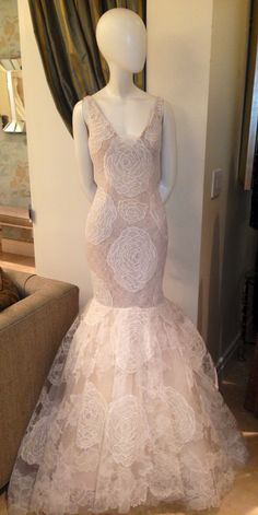 A little dimensional Ivory and nude lace from VERA WANG