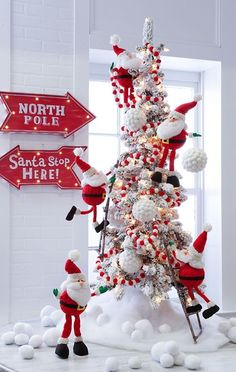 Such a cute Christmas tree decorating idea. The 2016 RAZ Christmas Tree images are ready for viewing. The RAZ designers do such a wonderful job of decorating trees each year Whimsical Christmas Trees, Christmas Tree Images, Christmas Tree Design, Beautiful Christmas Trees, Office Christmas, Christmas Tree Themes, Noel Christmas, Rustic Christmas, Holiday Decorations