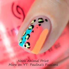 Nail art Christmas - the festive spirit on the nails. Over 70 creative ideas and tutorials - My Nails Nail Art Designs Videos, Nail Designs Pictures, Spring Nails, Summer Nails, Diy Nails, Manicure, Nagellack Trends, Starter Set, Simple Nail Designs
