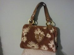 JUICY COUTURE DAISY PUDDLE PURSE BROWN FLORAL VELOUR HOBO HANDBAG #JuicyCouture #Hobo