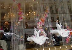 I want to live in a Repetto window!
