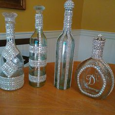 A Little Gaudy Bling Bottles, Glitter Wine Bottles, Wine Bottle Glasses, Bottles Craft 4 - Diy Crafts Bling Bottles, Glitter Wine Bottles, Liquor Bottle Crafts, Wine Bottle Glasses, Wedding Wine Bottles, Wine Bottle Art, Painted Wine Bottles, Diy Bottle, Liquor Bottles