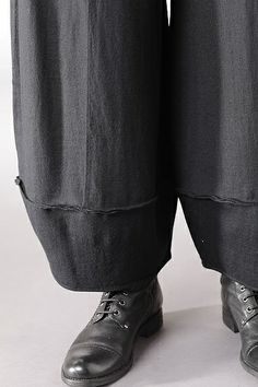 detail of OKSA NEW YORK Alwina Wash trousers $499 Love OSKA trousers. Essential for the lagenlook.