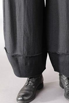 detail of OKSA NEW YORK  Alwina Wash trousers $499